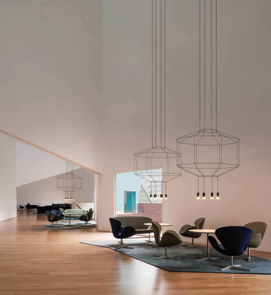 The delicate Wireflow suspended lamp designed by Arik Levy for Vibia is a modern take on the traditional chandelier.