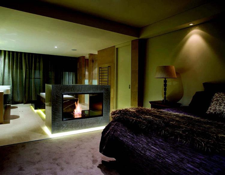 Peaceful Bedroom - Home & Lifestyle Magazine.