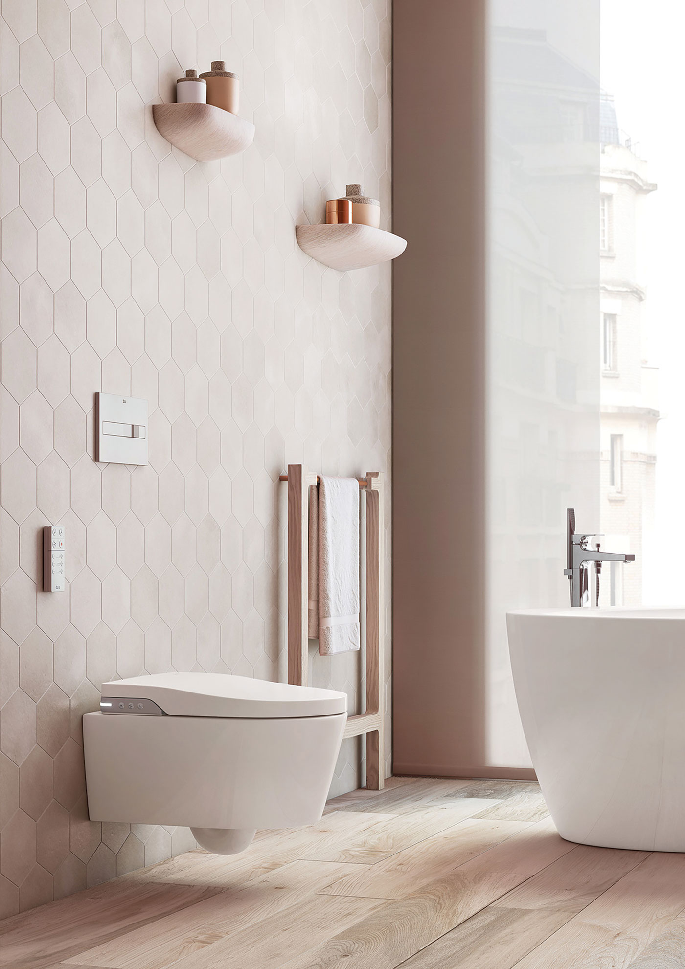 Bathrooms sleek sanctuary home lifestyle magazine - Puya marbella ...